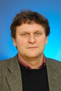 Dr. Bernhard Strauss